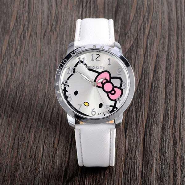 Hello Kitty mintás fehér bőrszíjas lány karóra