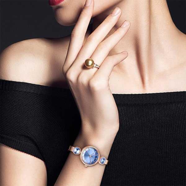 Kimio elegáns rosé gold színű kék kővel díszített női ékszeróra