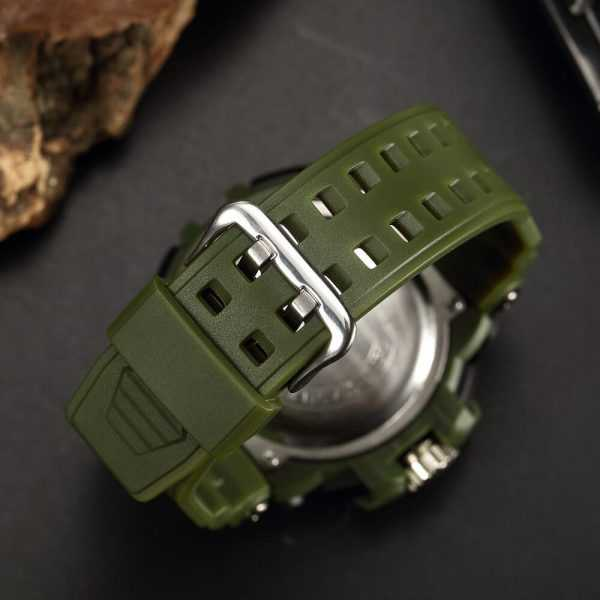 Ohsen vízálló katonai zöld színű férfi karóra