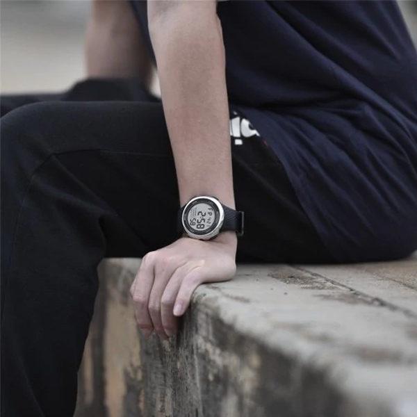 Sanda sport szilikon szíjas fekete ezüst unisex karóra